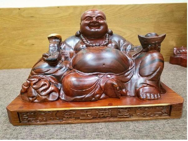 Để Tượng Phật Di Lặc trong nhà mang lại tinh thần thoải mái cho gia chủ