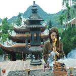 Ngủ mơ đi đền chùa là điềm báo gì