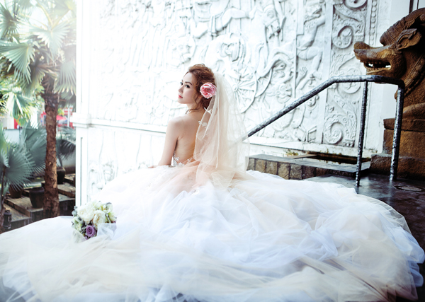 Giải mã ý nghĩa mơ thấy mạc váy cưới