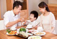 Ngủ mơ thấy ăn cơm dự báo điềm gì? may mắn hay xui xẻo