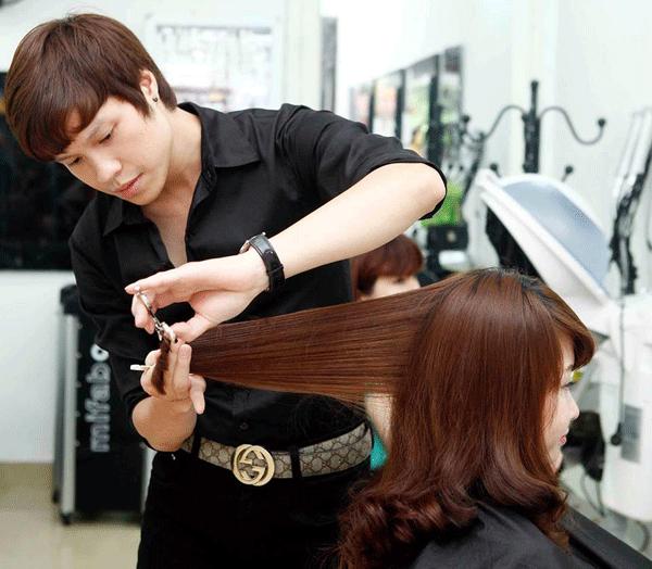 Giải mã ý nghĩa giấc mơ cắt tóc là điềm gì?